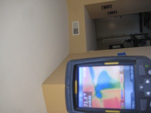 infrared thermal imaging to detect moisture